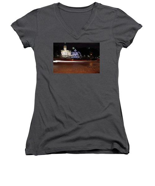 Fountaine De Tourny And Quebec Parliament Women's V-Neck T-Shirt (Junior Cut) by John Schneider