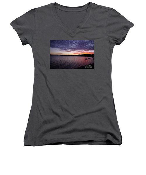 Four Elements Sunset Sequence 4 Coconuts Qld  Women's V-Neck T-Shirt (Junior Cut) by Kerryn Madsen- Pietsch