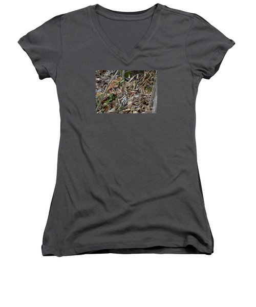 Women's V-Neck T-Shirt (Junior Cut) featuring the photograph Framed Rugr by Randy Bodkins
