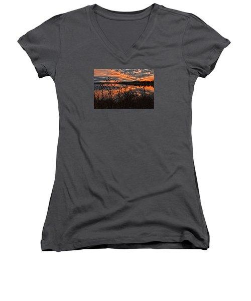 Gainesville Sunset 2386w Women's V-Neck T-Shirt (Junior Cut) by Ricardo J Ruiz de Porras