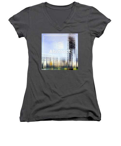 Gallery Icon Women's V-Neck