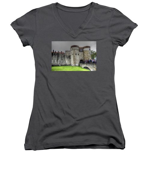 Gates To The Tower Of London Women's V-Neck T-Shirt (Junior Cut) by Karen McKenzie McAdoo