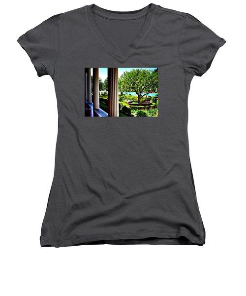 Women's V-Neck T-Shirt (Junior Cut) featuring the photograph Getty Villa Peristyle Garden by Joseph Hollingsworth