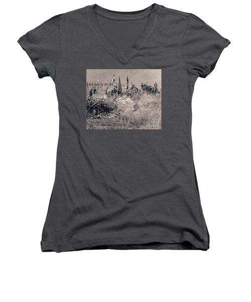 Gettysburg Union Infantry 8963s Women's V-Neck