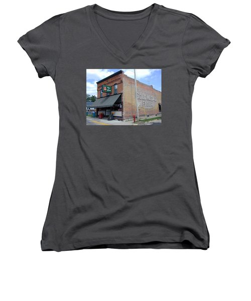 Women's V-Neck T-Shirt featuring the photograph Gina's Pies Are Square by Mark Czerniec