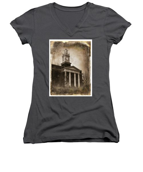 Glasgow Ky Courthouse Women's V-Neck