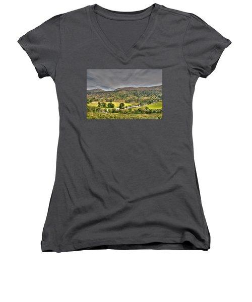 Glen Lyon Scotland Women's V-Neck T-Shirt
