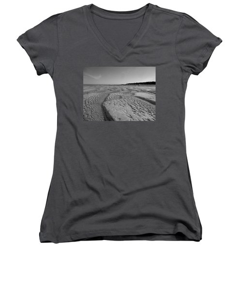 Gloucester Lighthouse Monocrhome Women's V-Neck T-Shirt