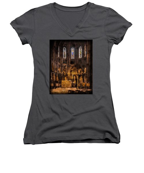 Paris, France - Gold Cross - St Germain Des Pres Women's V-Neck