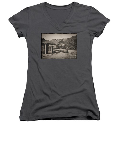 Women's V-Neck T-Shirt (Junior Cut) featuring the photograph Gold Hill Station by Mitch Shindelbower