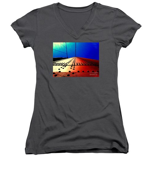 Golden Gate Bridge In California Rivets And Cables Women's V-Neck T-Shirt