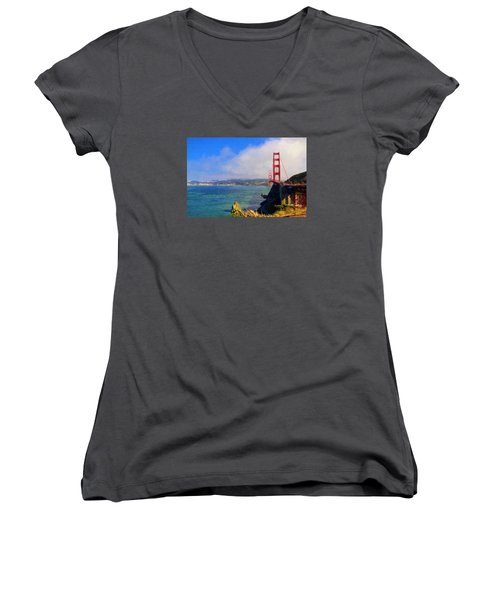 Golden Gate Women's V-Neck