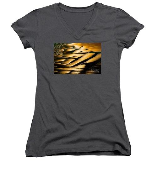Golden Light On The Wet Sand, Point Reyes National Seashore Mar Women's V-Neck T-Shirt (Junior Cut) by Wernher Krutein