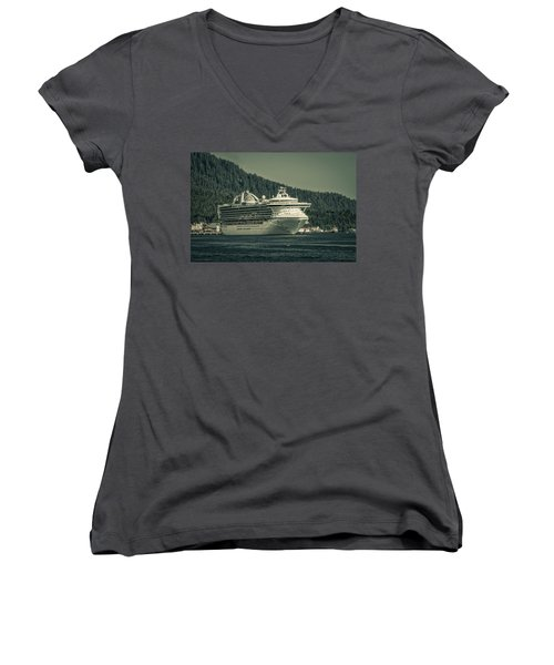 Golden Princess  Women's V-Neck T-Shirt