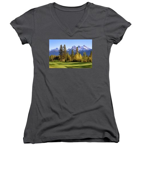 Silvertip Golf Course Women's V-Neck (Athletic Fit)