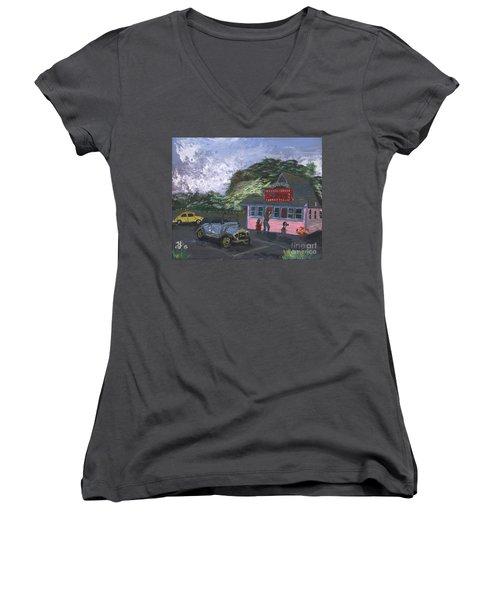 Golicks Ice Cream Women's V-Neck T-Shirt