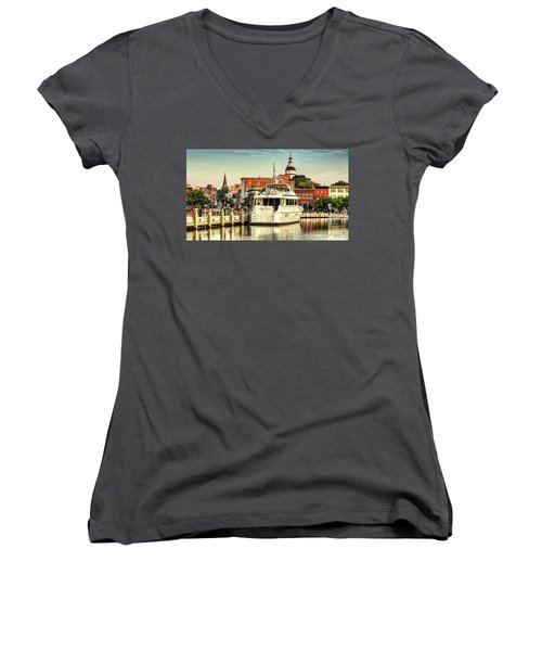 Good Morning Annapolis Women's V-Neck T-Shirt