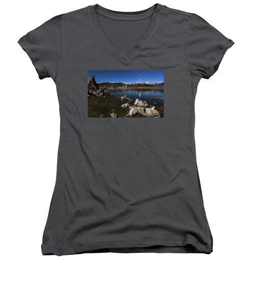 Goodnight Venus Women's V-Neck T-Shirt