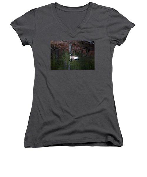 Goose On A Pond Women's V-Neck T-Shirt