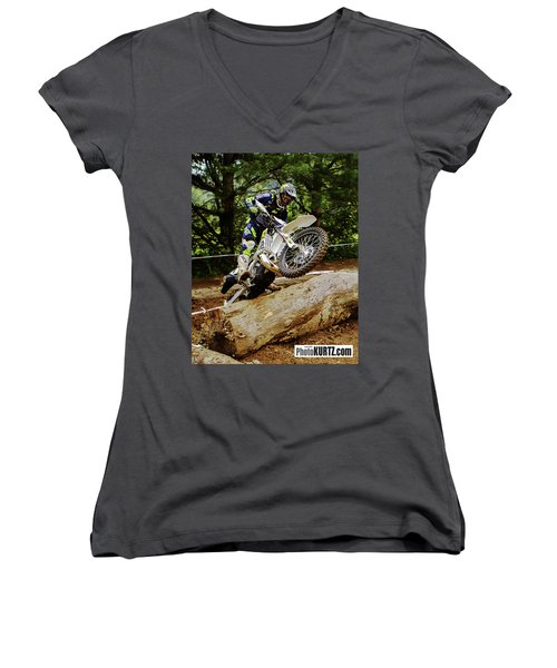 Graham Jarvis At 2017 Kenda Tennessee Knockout Enduro Women's V-Neck (Athletic Fit)