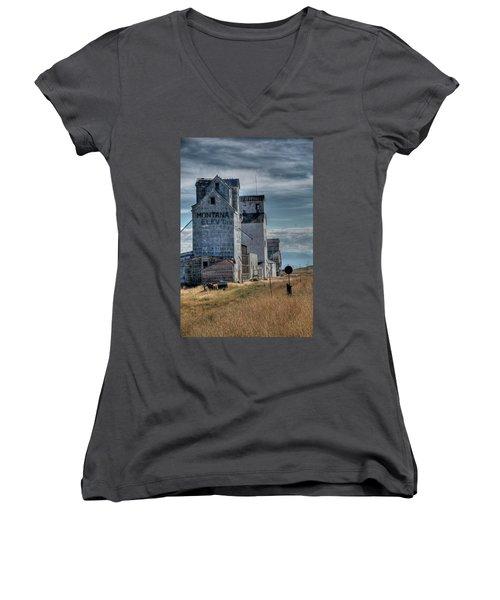 Grain Elevators, Wilsall Women's V-Neck T-Shirt