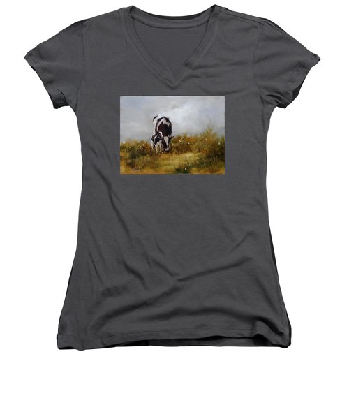 Grazing With Mom Women's V-Neck (Athletic Fit)