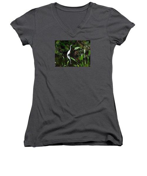 Women's V-Neck T-Shirt (Junior Cut) featuring the photograph Great Egret In Pond by Melinda Saminski