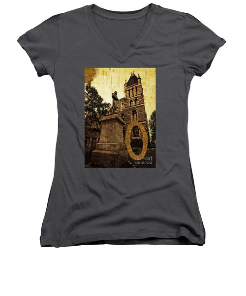 Grungy Melbourne Australia Alphabet Series Letter O Francis Ormo Women's V-Neck (Athletic Fit)