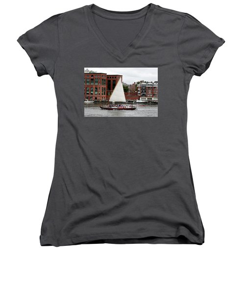Gundalow Women's V-Neck T-Shirt