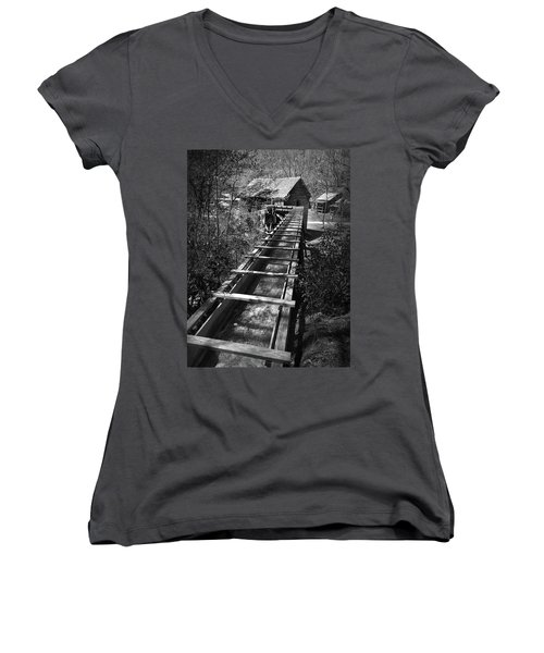 Hagood Gristmill Waterwheel At Hagood Mill Women's V-Neck T-Shirt (Junior Cut) by Kelly Hazel