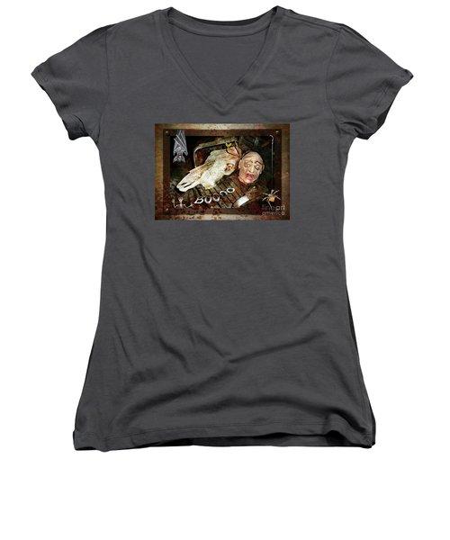 Hallo Boooo Women's V-Neck T-Shirt