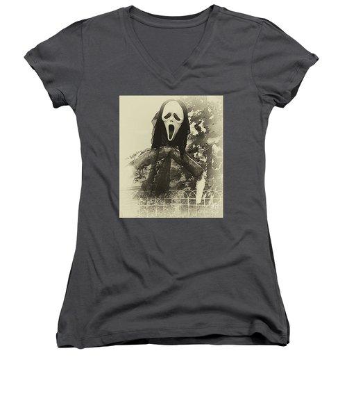 Halloween No 1 - The Scream  Women's V-Neck (Athletic Fit)