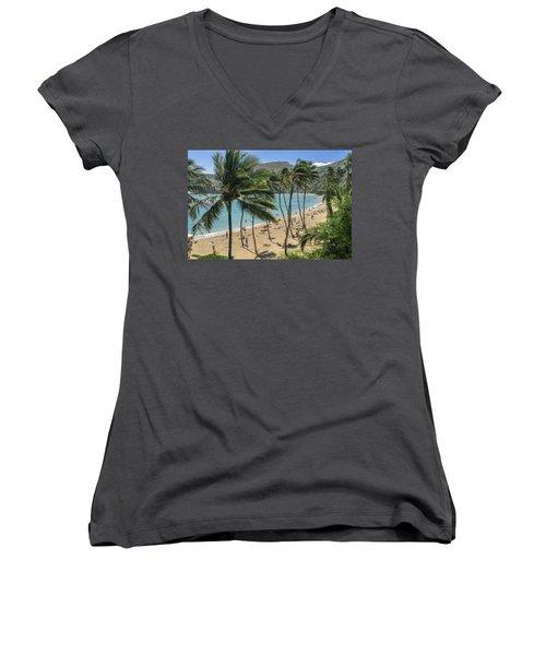 Women's V-Neck T-Shirt featuring the photograph Hanauma Bay by Steven Sparks