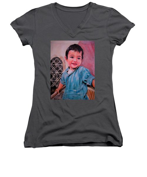 Harmain Women's V-Neck T-Shirt