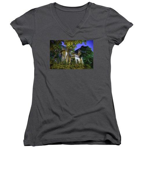 Haunted House Women's V-Neck T-Shirt (Junior Cut) by Teemu Tretjakov