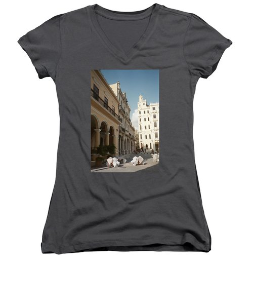 Havana Vieja Women's V-Neck T-Shirt