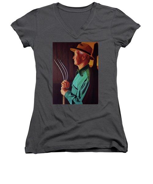 Hay Day Women's V-Neck T-Shirt