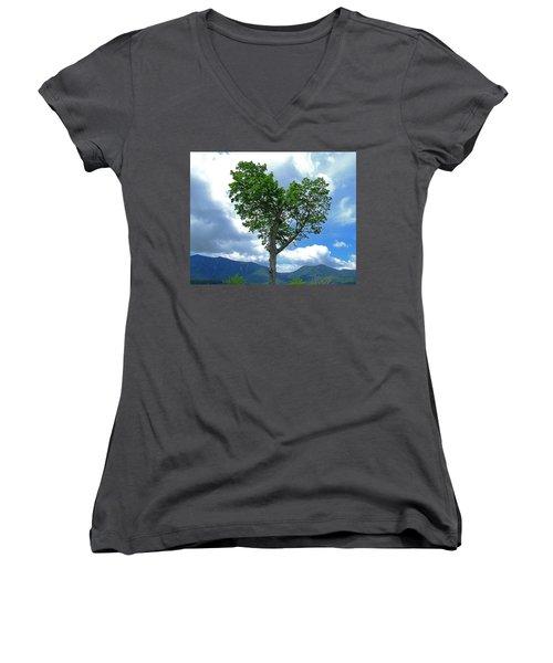 Heart Shaped Tree Women's V-Neck T-Shirt