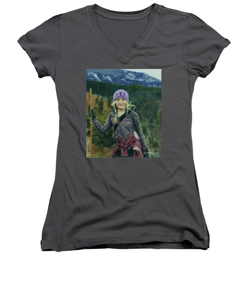 Hiking The White Mountains Women's V-Neck T-Shirt