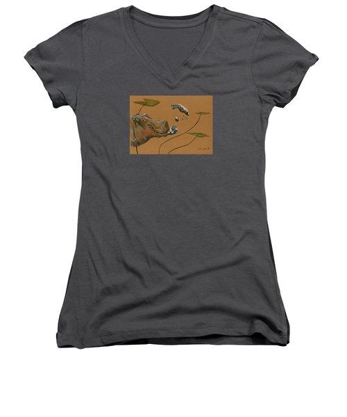 Hippo Bubbles Women's V-Neck T-Shirt