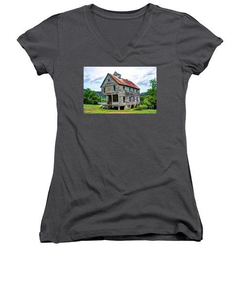 Hiwassee Union Baptist Church Women's V-Neck T-Shirt