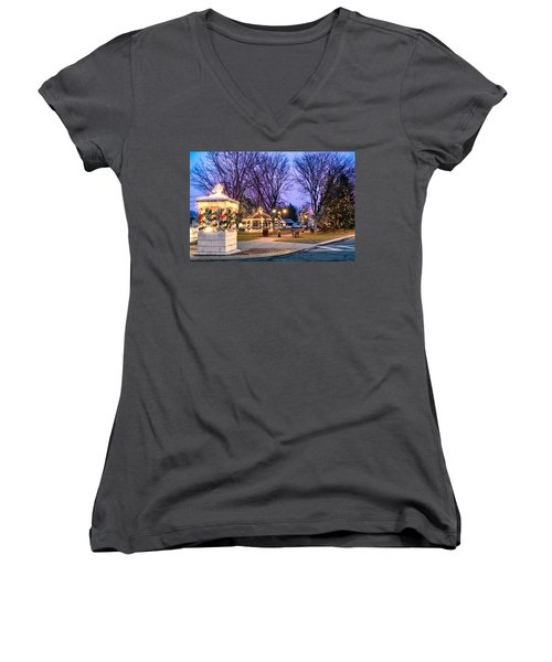 Women's V-Neck featuring the photograph Holiday Lights In Easthampton by Sven Kielhorn