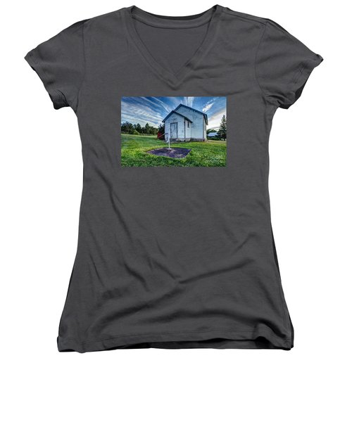Holleford Schoolhouse Women's V-Neck