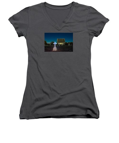 Hughes Children At Riverside Cemetery Women's V-Neck T-Shirt