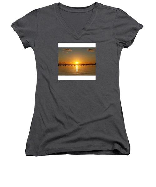 I Should Just Move To St. Kilda Women's V-Neck T-Shirt