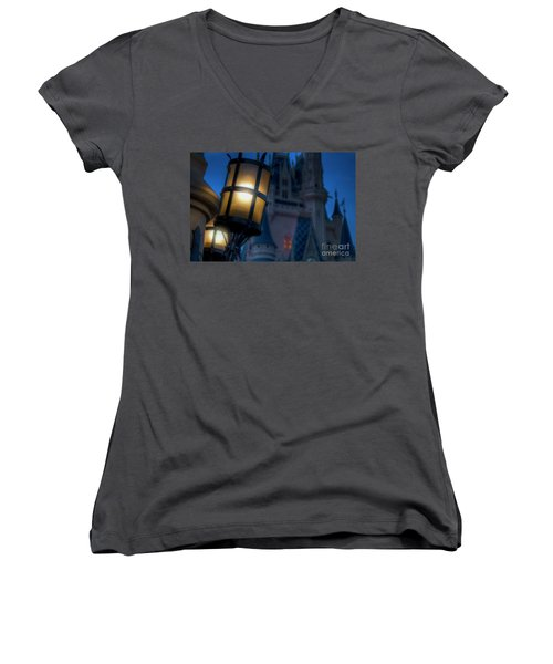 I Will Leave The Light On Women's V-Neck T-Shirt