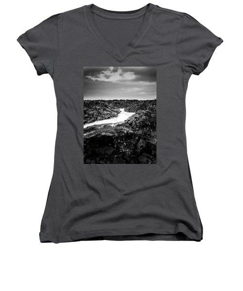 Icelandic Silica Stream In Black And White Women's V-Neck (Athletic Fit)