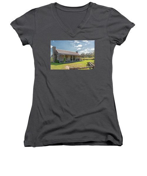Independence Texas Cabin Women's V-Neck