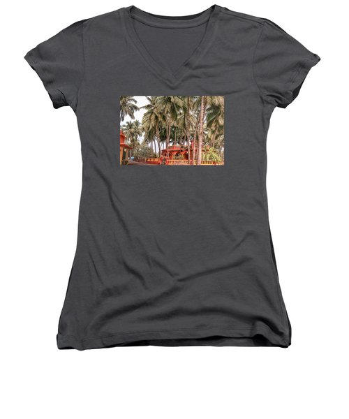 India House Women's V-Neck (Athletic Fit)