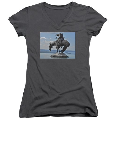 Indian Statue Infinity Pool Women's V-Neck T-Shirt